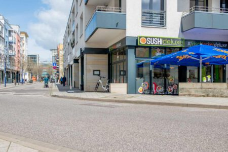 SUSHIdeluxe | Blick in Richtung Magdeburger Allee-Center